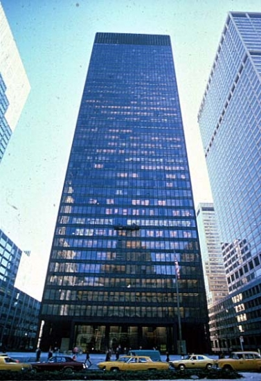 Seagram Building - Source: www.ou.edu