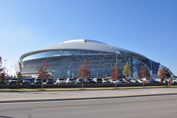 Cowboys Stadium - Source: www.flickr.com/photos/shanafin/