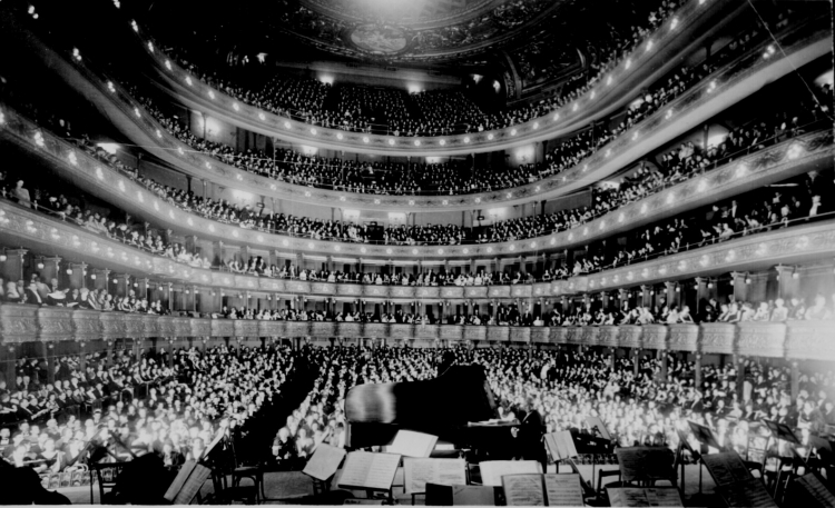 Metropolitan Opera - Source: www.archives.gov