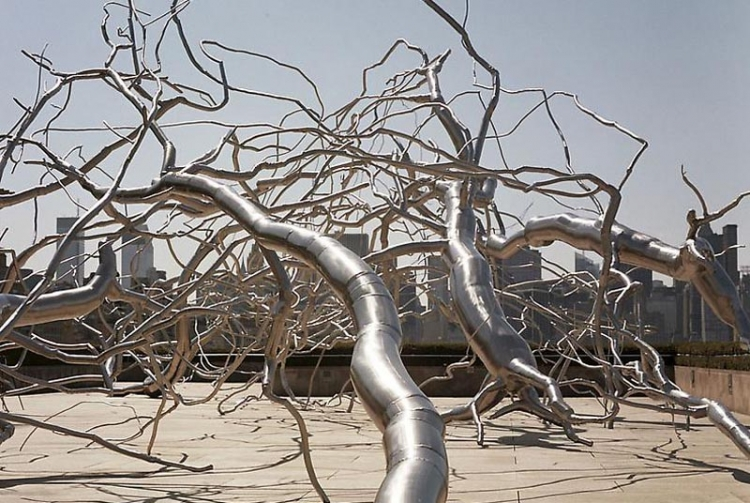 Roxy Paine - Source: www.jamescohan.com